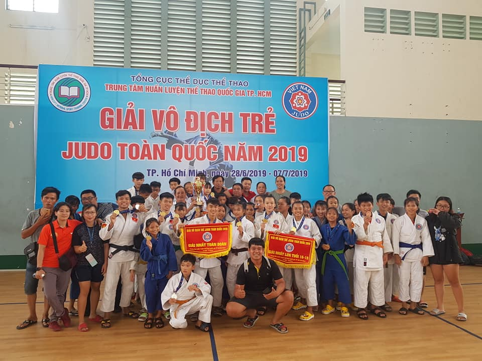 judo tre Quan doi